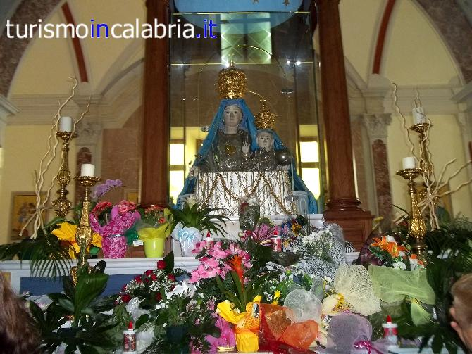 Santuario Madonna Del Pettoruto A San Sosti