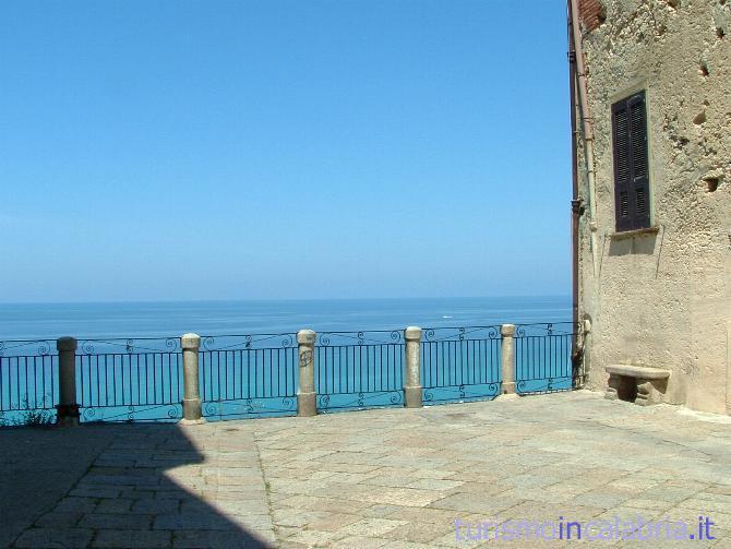 Un Balcone sul Mare a Tropea